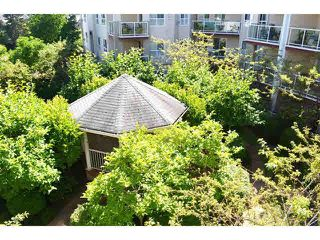 "Photo 11: 306 1588 BEST Street: White Rock Condo for sale in ""THE MONTEREY"" (South Surrey White Rock)  : MLS®# F1432926"