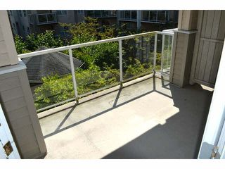 "Photo 9: 306 1588 BEST Street: White Rock Condo for sale in ""THE MONTEREY"" (South Surrey White Rock)  : MLS®# F1432926"