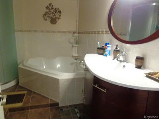 Photo 14: 59 Cloverwood Road in WINNIPEG: Fort Garry / Whyte Ridge / St Norbert Residential for sale (South Winnipeg)  : MLS®# 1508368