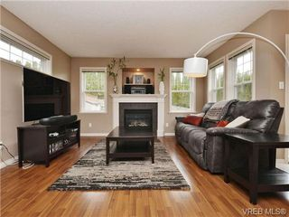 Photo 2: 804 Gannet Court in VICTORIA: La Bear Mountain Single Family Detached for sale (Langford)  : MLS®# 349623