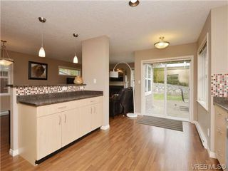 Photo 8: 804 Gannet Court in VICTORIA: La Bear Mountain Single Family Detached for sale (Langford)  : MLS®# 349623