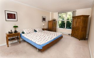 Photo 3: 403 200 NEWPORT DRIVE in Port Moody: Home for sale : MLS®#  V1022706