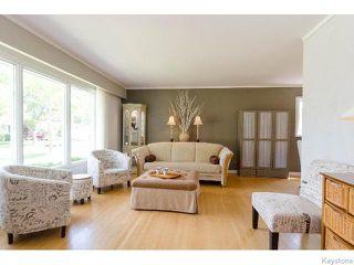 Photo 2: 145 Browning Boulevard in WINNIPEG: Westwood / Crestview Residential for sale (West Winnipeg)  : MLS®# 1515356