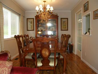 Photo 4: 310 ROBERTSON Crescent in Hope: Hope Center House for sale : MLS®# R2041922