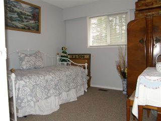 Photo 7: 310 ROBERTSON Crescent in Hope: Hope Center House for sale : MLS®# R2041922