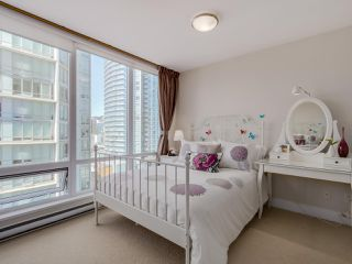 "Photo 13: 1507 535 SMITHE Street in Vancouver: Downtown VW Condo for sale in ""DOLCE AT SYMPHONY PLACE"" (Vancouver West)  : MLS®# R2065193"
