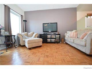 Photo 3: 122 Perth Avenue in Winnipeg: West Kildonan / Garden City Residential for sale (North West Winnipeg)  : MLS®# 1612420
