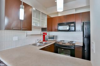"""Photo 4: 207 10499 UNIVERSITY Drive in Surrey: Whalley Condo for sale in """"D'COR"""" (North Surrey)  : MLS®# R2070519"""