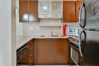 """Photo 5: 207 10499 UNIVERSITY Drive in Surrey: Whalley Condo for sale in """"D'COR"""" (North Surrey)  : MLS®# R2070519"""