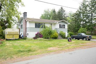 Photo 3: 2623 LEFEUVRE Road in Abbotsford: Aberdeen Home for sale : MLS®# R2072650