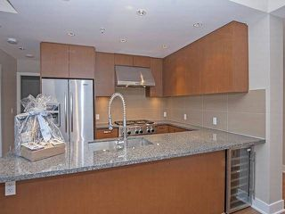 """Photo 6: 2702 3008 GLEN Drive in Coquitlam: North Coquitlam Condo for sale in """"M2"""" : MLS®# R2080849"""