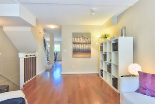 "Photo 2: 4 7533 HEATHER Street in Richmond: McLennan North Townhouse for sale in ""HEATHER GREENE"" : MLS®# R2086777"
