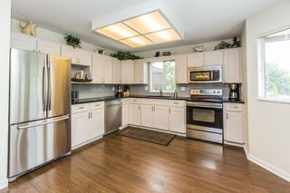 "Photo 2: 28 2352 PITT RIVER Road in Port Coquitlam: Mary Hill Townhouse for sale in ""SHAUGHNESSY ESTATES"" : MLS®# R2098696"