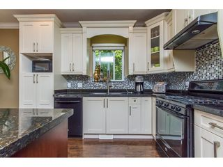 """Photo 5: 27684 LANTERN Avenue in Abbotsford: Aberdeen House for sale in """"Abbotsford Station"""" : MLS®# R2103364"""
