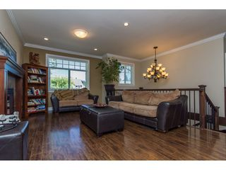 """Photo 10: 27684 LANTERN Avenue in Abbotsford: Aberdeen House for sale in """"Abbotsford Station"""" : MLS®# R2103364"""