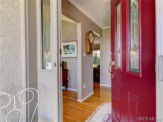 Photo 10: 2513 Emmy Pl in VICTORIA: CS Tanner Single Family Detached for sale (Central Saanich)  : MLS®# 745609
