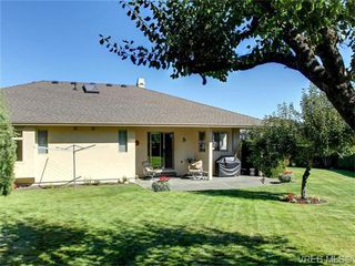 Photo 19: 2513 Emmy Pl in VICTORIA: CS Tanner House for sale (Central Saanich)  : MLS®# 745609