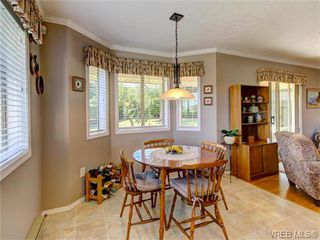 Photo 9: 2513 Emmy Pl in VICTORIA: CS Tanner House for sale (Central Saanich)  : MLS®# 745609