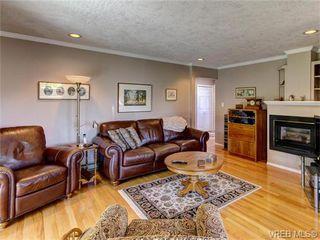 Photo 11: 2513 Emmy Pl in VICTORIA: CS Tanner Single Family Detached for sale (Central Saanich)  : MLS®# 745609