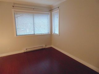 """Photo 6: 212 10620 150 Street in Surrey: Guildford Townhouse for sale in """"Lincoln's Gate"""" (North Surrey)  : MLS®# R2124375"""