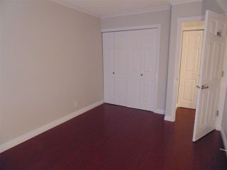 """Photo 7: 212 10620 150 Street in Surrey: Guildford Townhouse for sale in """"Lincoln's Gate"""" (North Surrey)  : MLS®# R2124375"""