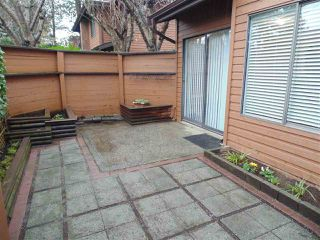 """Photo 9: 212 10620 150 Street in Surrey: Guildford Townhouse for sale in """"Lincoln's Gate"""" (North Surrey)  : MLS®# R2124375"""
