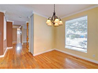 Photo 6: 6415 LONGMOOR Way SW in Calgary: Lakeview House for sale : MLS®# C4102401