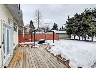 Photo 26: 6415 LONGMOOR Way SW in Calgary: Lakeview House for sale : MLS®# C4102401