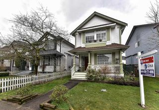 Photo 2: 18463 65 Avenue in Surrey: Cloverdale BC House for sale (Cloverdale)  : MLS®# R2144617