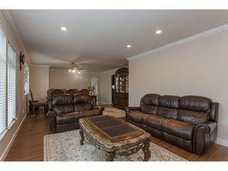 Photo 4: 20298 116B Avenue in Maple Ridge: Southwest Maple Ridge House for sale : MLS®# R2155275