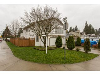 Photo 2: 20298 116B Avenue in Maple Ridge: Southwest Maple Ridge House for sale : MLS®# R2155275