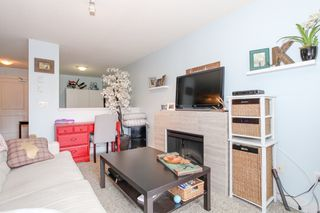 "Photo 3: 215 12248 224 Street in Maple Ridge: East Central Condo for sale in ""URBANO"" : MLS®# R2159150"