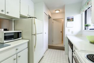 Photo 7: 959 BLACKSTOCK Road in Port Moody: North Shore Pt Moody Townhouse for sale : MLS®# R2161202