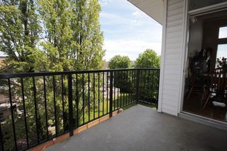 "Photo 8: 403 5430 201 Street in Langley: Langley City Condo for sale in ""Sonnet"" : MLS®# R2168694"