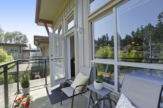 "Photo 13: 420 1633 MACKAY Avenue in North Vancouver: Pemberton Heights Condo for sale in ""TOUCHSTONE"" : MLS®# R2183726"