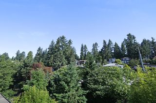 "Photo 12: 420 1633 MACKAY Avenue in North Vancouver: Pemberton Heights Condo for sale in ""TOUCHSTONE"" : MLS®# R2183726"