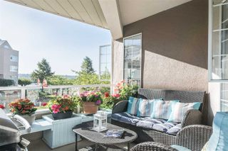 "Photo 8: 216 1150 QUAYSIDE Drive in New Westminster: Quay Condo for sale in ""WESTPORT"" : MLS®# R2207290"