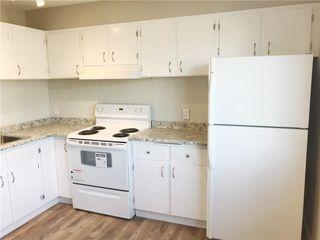 Photo 3: 155 CASTLEBROOK Way NE in Calgary: Castleridge House for sale : MLS®# C4140797
