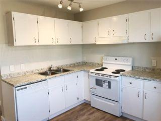 Photo 2: 155 CASTLEBROOK Way NE in Calgary: Castleridge House for sale : MLS®# C4140797