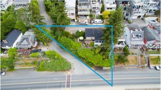 Photo 2: 15211 MARINE Drive: White Rock House for sale (South Surrey White Rock)  : MLS®# R2214020