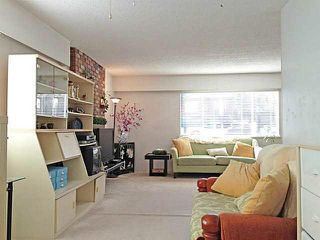 Photo 5: 5566 Chester Street in Vancouver: Fraser VE House for sale (Vancouver East)  : MLS®# V992863