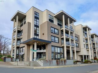 Photo 20: 102 820 Short Street in VICTORIA: SE Quadra Townhouse for sale (Saanich East)  : MLS®# 386254