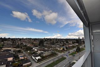 "Photo 4: 1109 8031 NUNAVUT Lane in Vancouver: Marpole Condo for sale in ""MC2"" (Vancouver West)  : MLS®# R2257771"