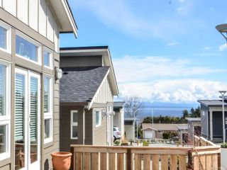 Photo 2: 3 325 Niluht Rd in CAMPBELL RIVER: CR Campbell River Central Row/Townhouse for sale (Campbell River)  : MLS®# 784324