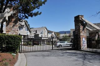 """Photo 19: 310 1465 PARKWAY Boulevard in Coquitlam: Westwood Plateau Townhouse for sale in """"SILVER OAK"""" : MLS®# R2260594"""