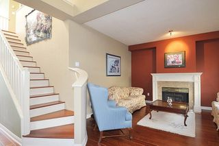 """Photo 4: 310 1465 PARKWAY Boulevard in Coquitlam: Westwood Plateau Townhouse for sale in """"SILVER OAK"""" : MLS®# R2260594"""