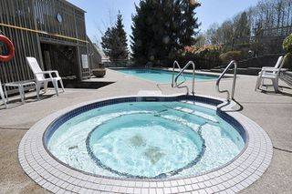 """Photo 17: 310 1465 PARKWAY Boulevard in Coquitlam: Westwood Plateau Townhouse for sale in """"SILVER OAK"""" : MLS®# R2260594"""
