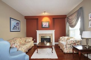 """Photo 2: 310 1465 PARKWAY Boulevard in Coquitlam: Westwood Plateau Townhouse for sale in """"SILVER OAK"""" : MLS®# R2260594"""