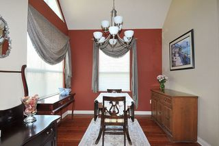 """Photo 3: 310 1465 PARKWAY Boulevard in Coquitlam: Westwood Plateau Townhouse for sale in """"SILVER OAK"""" : MLS®# R2260594"""