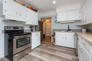 Photo 5: 2921 Gosworth Rd in VICTORIA: Vi Oaklands House for sale (Victoria)  : MLS®# 786626